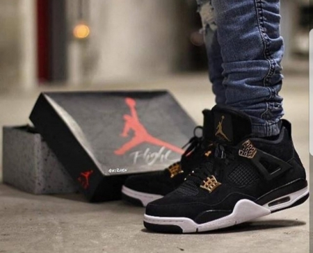 Nike air jordan 4 retro royalty black gold
